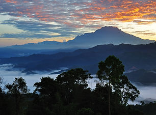 Sunrise over Mt. Kinabalu silhouette, Ko