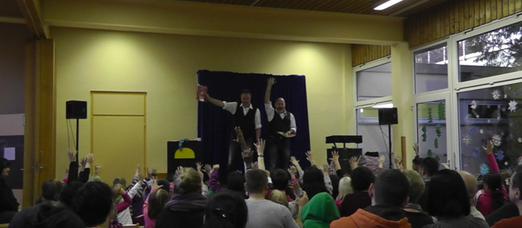 Kindermitlachzaubershow in LU