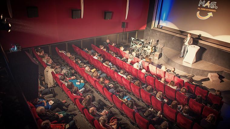Kino Saal Modernes Theater Weinheim beim MAG