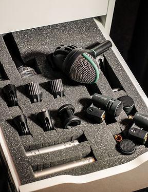 Wide Range of Microphones AKG D112 Sennheiser Rode Shure Neumann SE Electronics