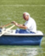 barca-473854_1920_edited.jpg