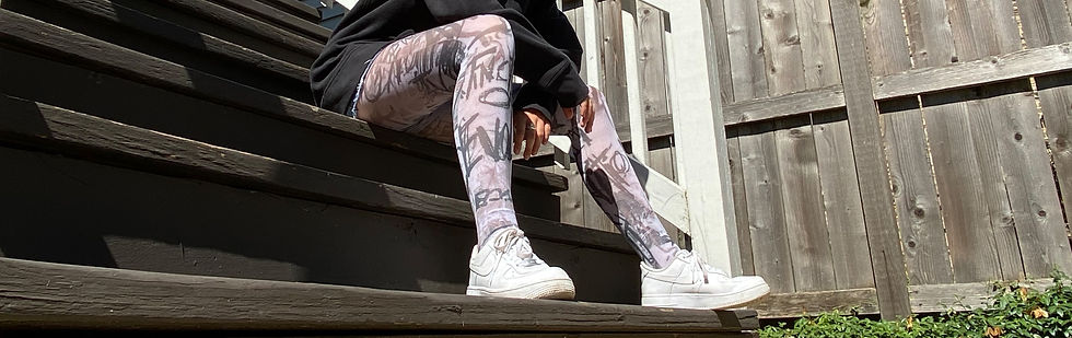 white-graffiti-tights-plus-size-malka-ch