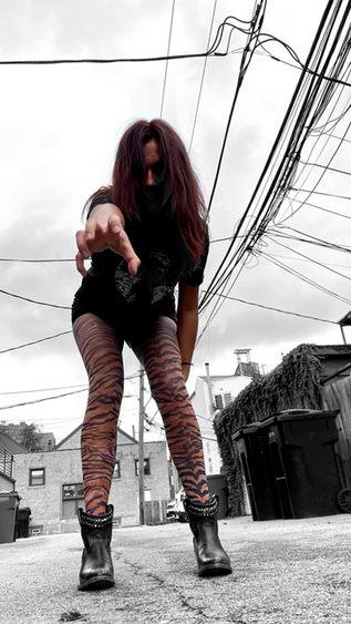 tiger-printed-tights-malka-chic-2.jpg