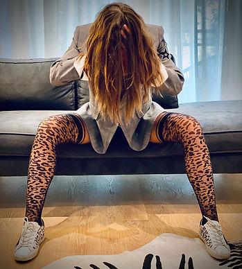 black-sheer-patterned-tights-leopard.jpg