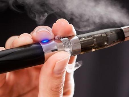 Cigarros electrónicos vendem glamour mas têm riscos