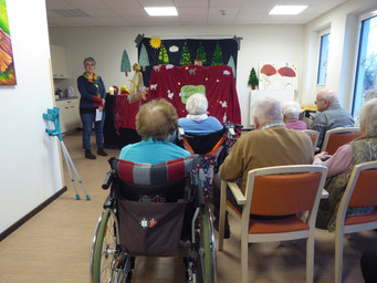 Senioren-Tagesstätte Alzenau lässt die Puppen tanzen