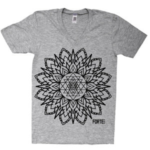 Sri Yantra grey V-neck *sold out*