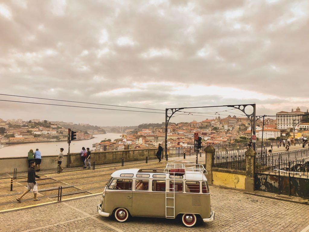 VW Kombi | Oporto | Trips | Oporto |