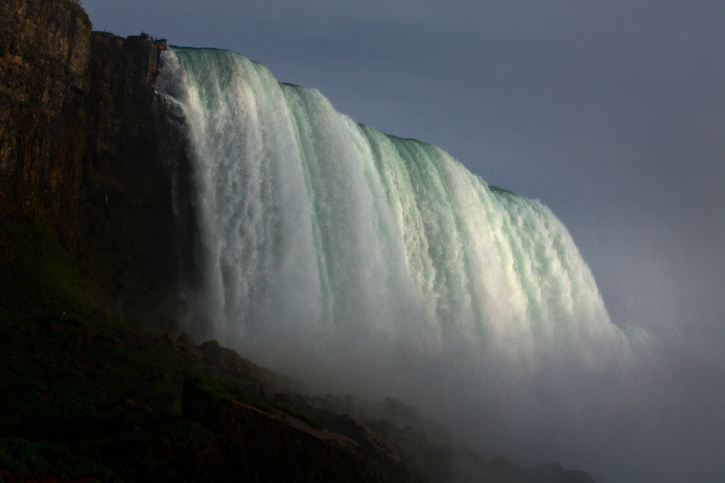 0007_Niagara Falls. Last Rays of Light.j