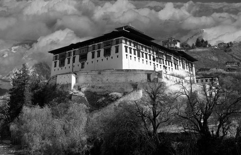 0033_Dzong in Paro. Bhutan.1.jpg