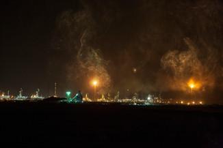 0050_Gas Flares. Qatar. 2008.small.jpg