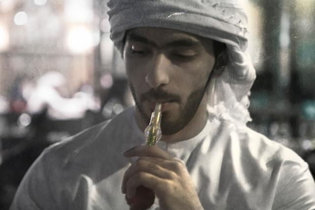 0011_Hooker smoker1csmall.jpg