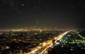 0027_rsz_night_sky_over_dubai_o-1.jpg
