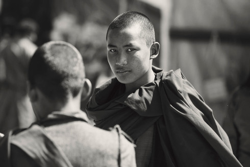 0015_monk_at_paro_market_sepia.jpg