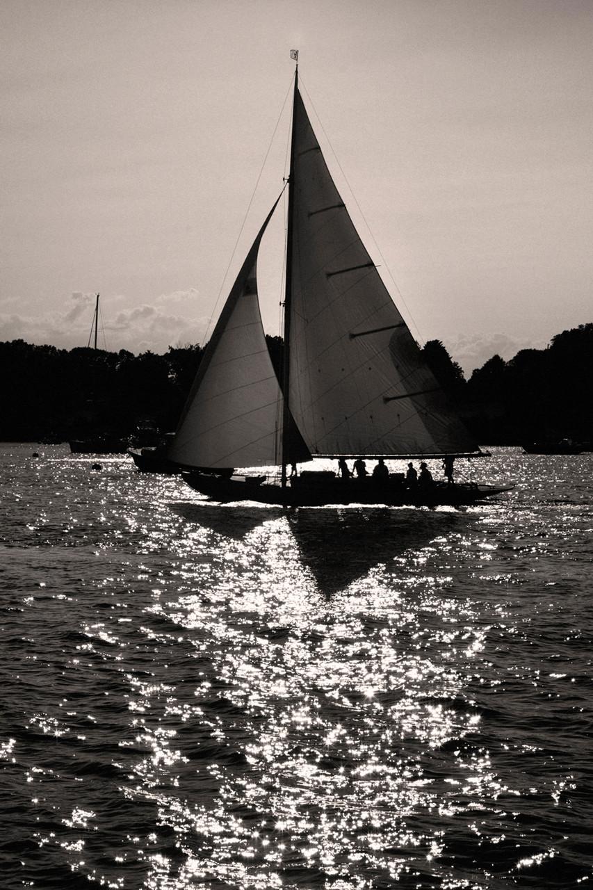 0011_Classic Yacht4bwsmall.jpg