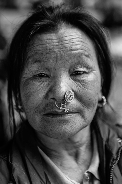0011_Nepalese jewelry.small.jpg