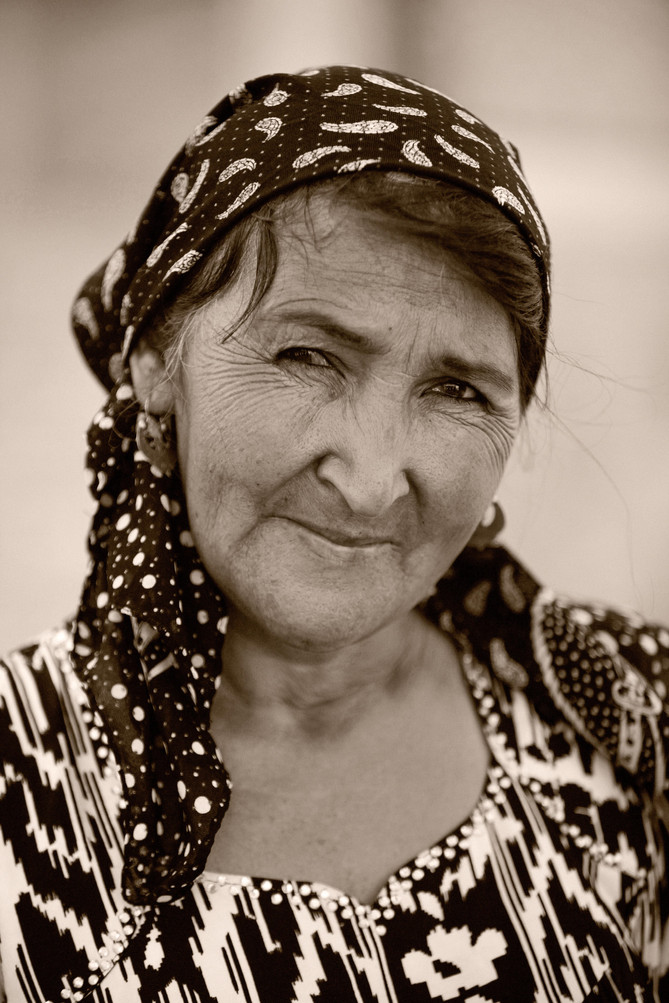 0020_Faces of Bukhara.jpg