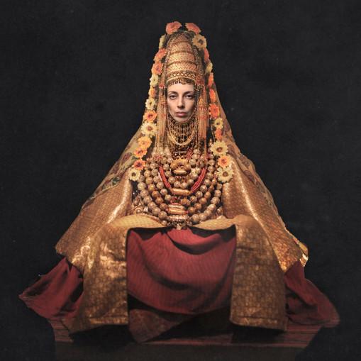 0044_Yemeni Jewess wedding dress.jpg