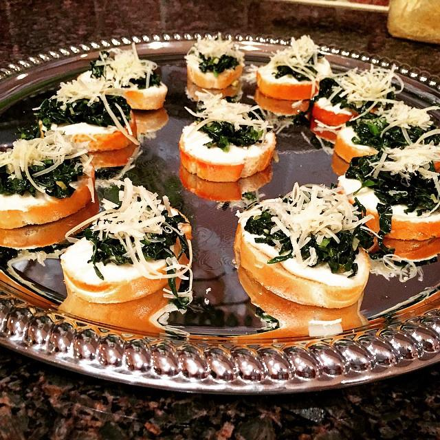 Garlic & Kale Crostini's