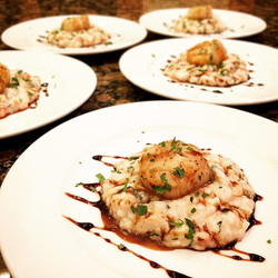 Spinach Risotto with Italian seared scallop & balsamic reduction