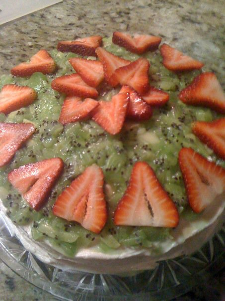 Strawberry & Kiwi cake