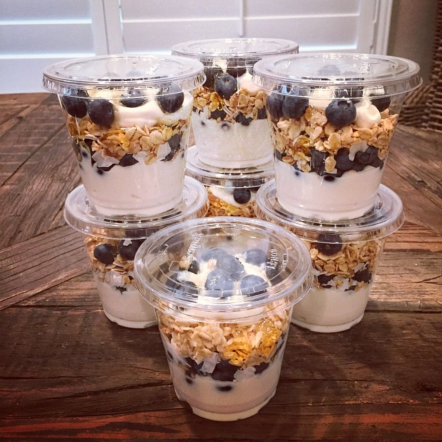 Blueberry coconut greek yogurt parfaits