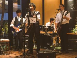 親友の結婚式で歌いました。