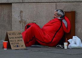 homeless-man-833017_640.jpg