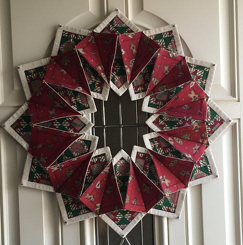 'Fold 'n Stitch' holiday wreath or wall hanging