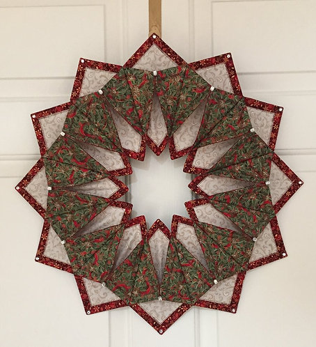 'Fold 'n Stitch'/Holiday wreath or wall hanging