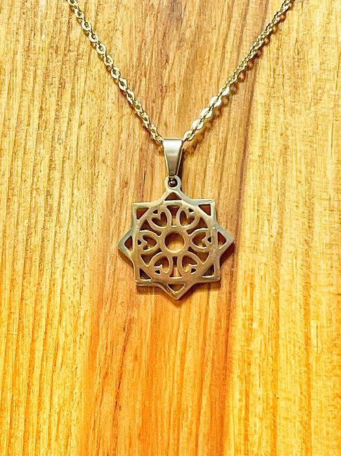 Gold Celtic Circle Necklace