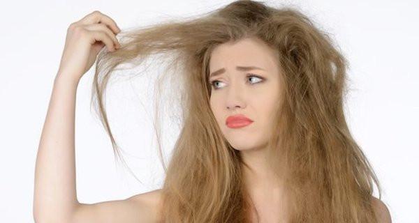 Dry Hair (Skyn Stories by Dr Meenu Sethi)