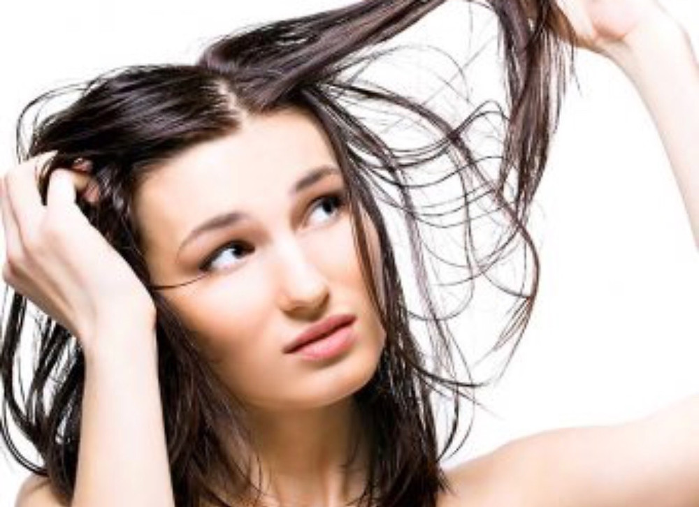 Oily and Greasy Hair Treatment (Skyn Stories by Dr Meenu Sethi)