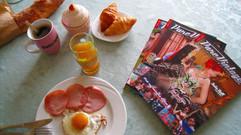 Petit-déjeuner de Miss Retro Chic