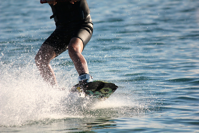 WAKEBOARDING LESSONS AUCKLAND
