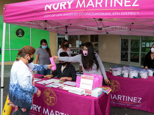 Providing Free Laundry Service for100 Low-Income Families in Van Nuys