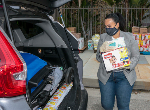 """""""Mom to Mom"""" Diaper Drive Helps Over 600 Families"""