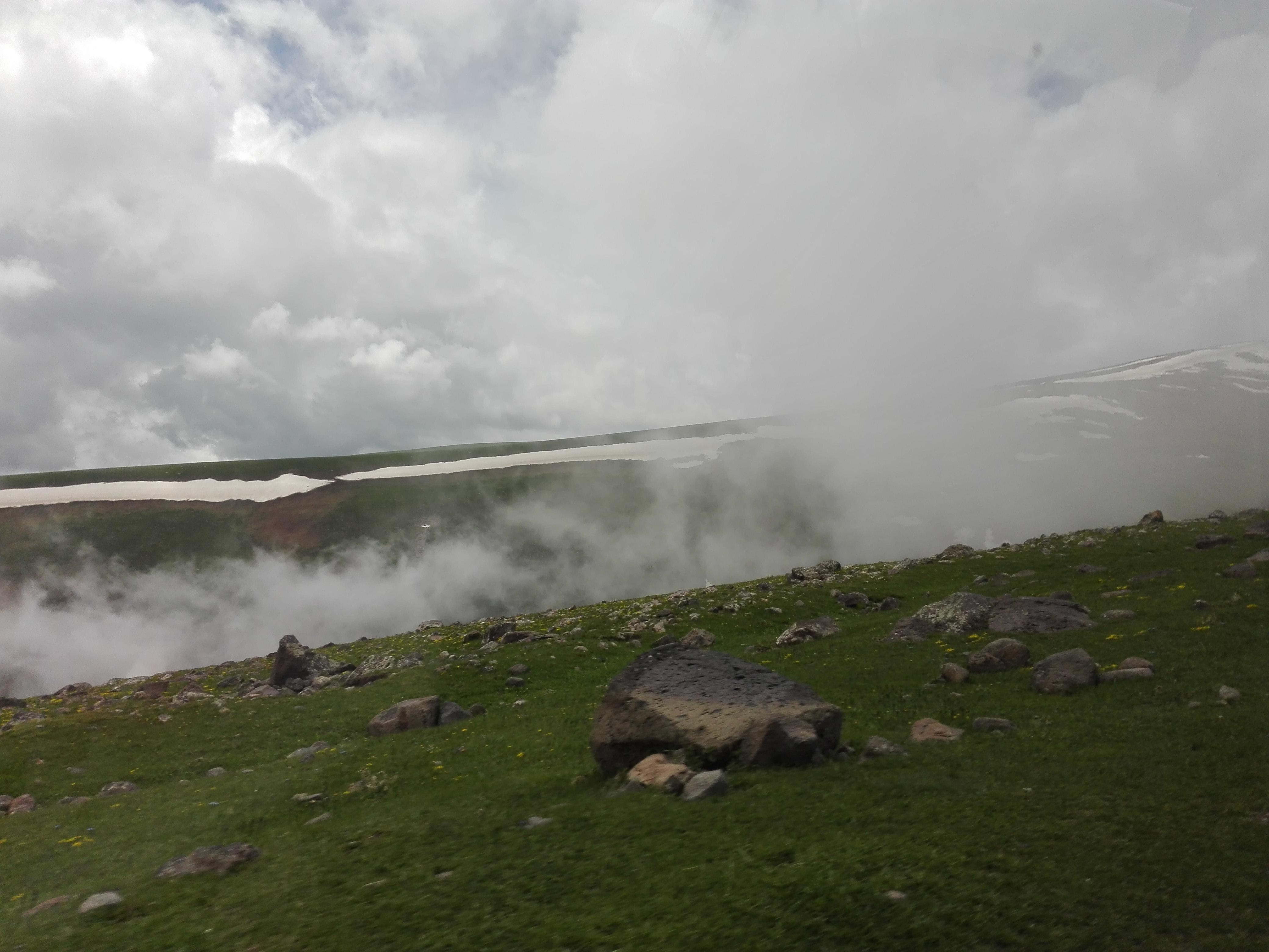предгорья горы Арагац