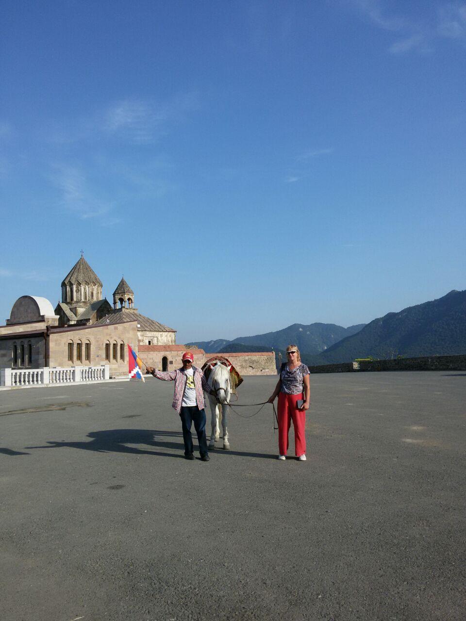 Посреди Карабаха