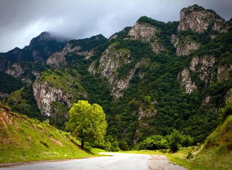mountains-armenia.jpg