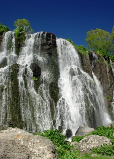 Armenia Shaki Waterfall_20090430191036.j