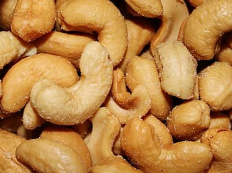 Cashews pieces
