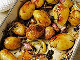 Roasted baby potatoes with rosemary and