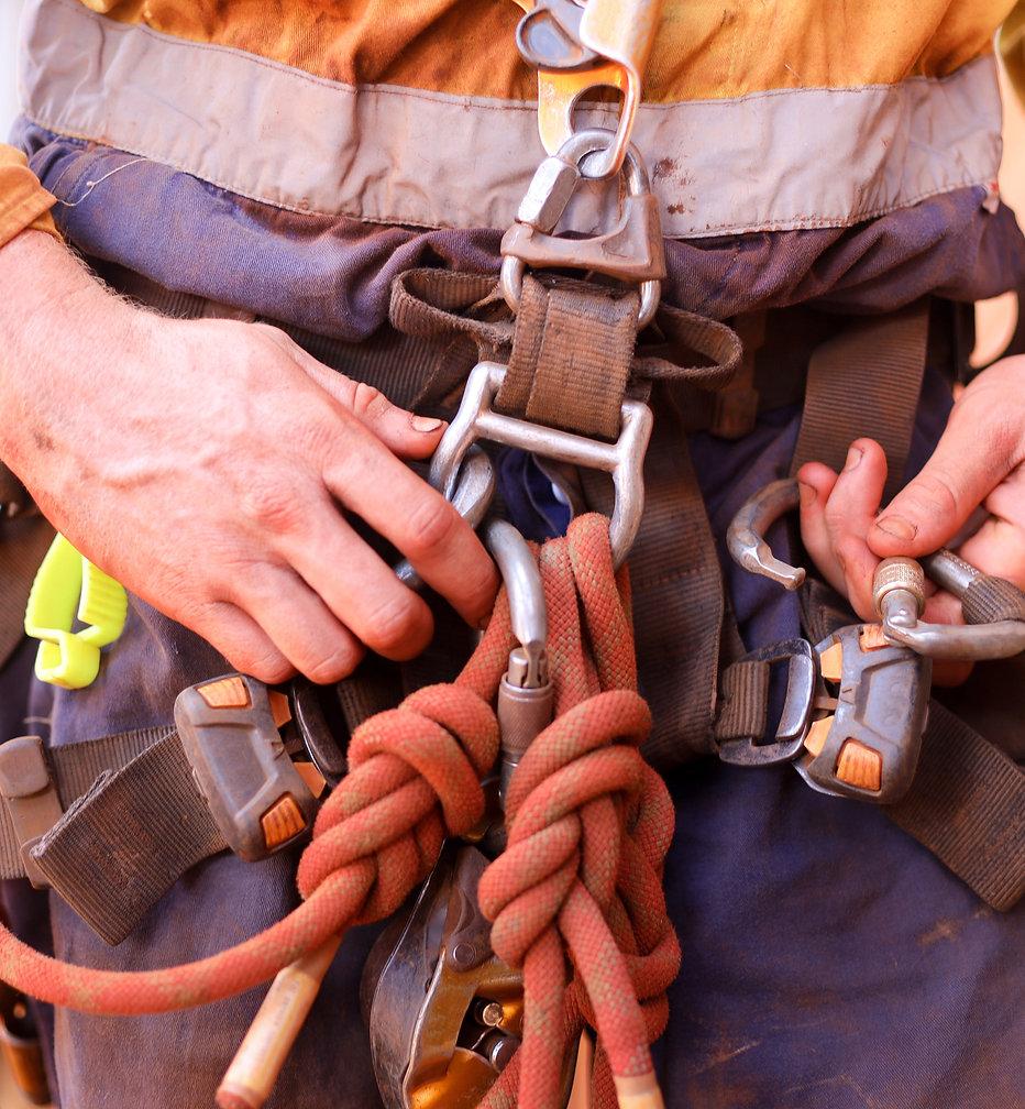 Safety rigging_web.jpg