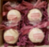 Bath bomb gift set.jpg