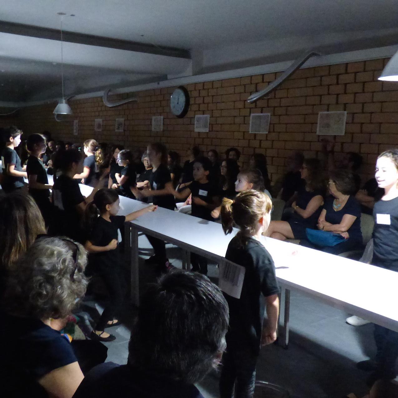 Teatrinho Musical _ A Fábrica