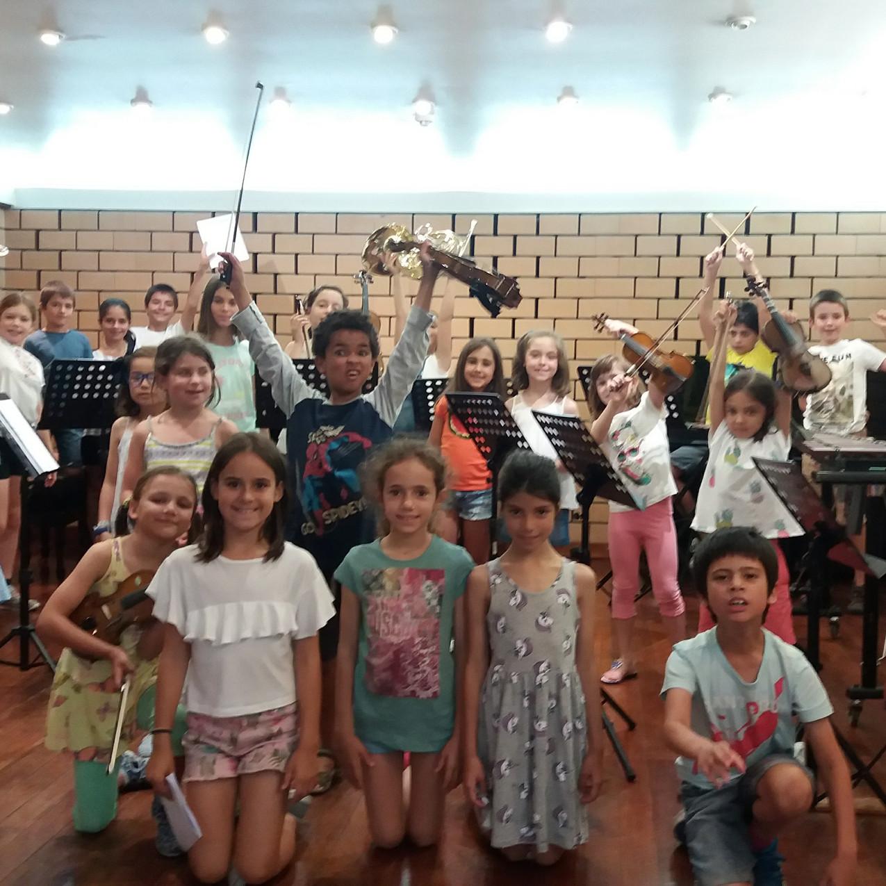 Teatrinho Musical | A Fábrica