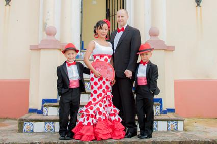 Moss Family Feria Portraits Puerto Sherr