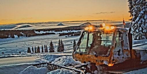Snowcat 3.jpeg