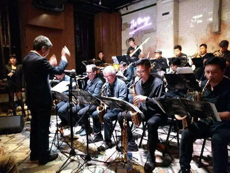 Saturday Night Jazz Orchestra conducted